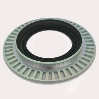 0229979747  Retentor do Cubo de Roda Dianteiro MERCEDES BENZ - 48 furos